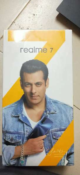 I want to sell Realme 7 8/128 seal pack phone