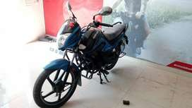 Good Condition Hero Splendor i-Smart with Warranty |  3666 Delhi