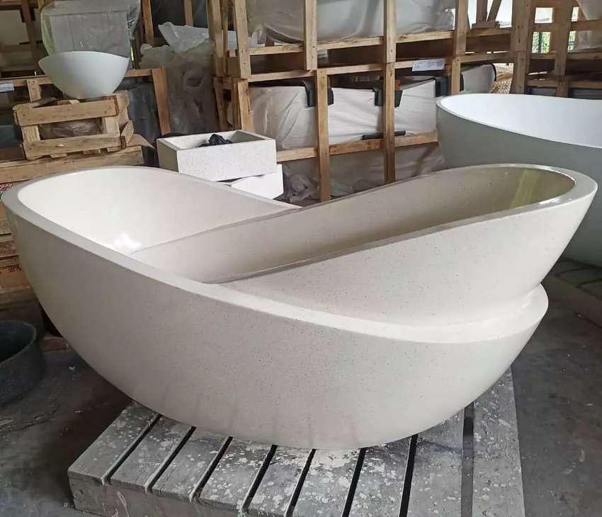 Bathtub Sugenim Mewah Elegant Mandiaman I Terrazzo