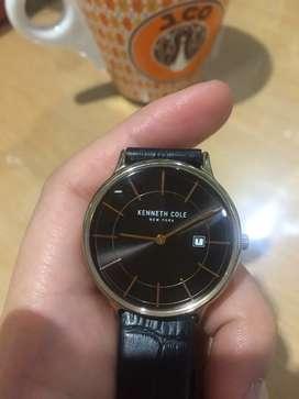 Jam tangan wanita , Kenneth Cole