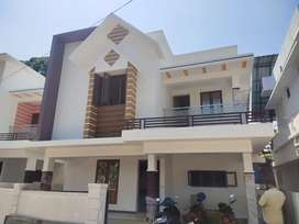 Kakkkanad Thevakkal panjayattu Road well water semi furnished 3 bhk