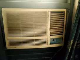 2 videocon window air conditioner's