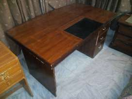 Office table 5' by 3'
