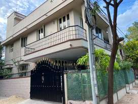 Newly renovated 2 BHK house with car parking