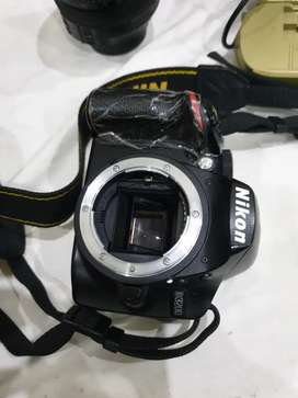 Nikon d3200 18-55mm And 18-140mm 10/10 condition