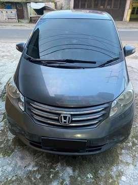 Honda freed 1.5 E PSD A/T 2011 (Jual Cepat)