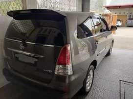 Mobil Toyota Innova bekas