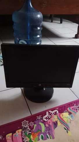 Monitor merk hp tipe CQ1569x mulus terawat dan siap pakai