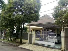 Rumah Tinggal Siap Huni lokasi di dalam kompleks batununggal.