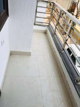 $Come on for Sale  of %3BHK % Flat  located In Rajendra Park, Gurgaon.