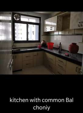 3 bhk independent flat for rent in ramkrishna apartment at mansarovar.