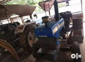 New Holland 3230 tractor  with Compresser