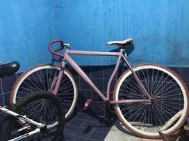 sepeda fixie jual aja dari pada tidak kepake