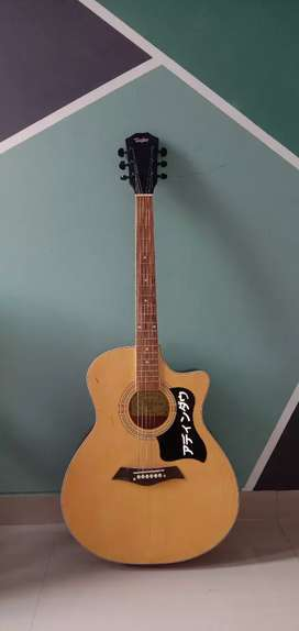 gitar akustik spruce 'taylor'