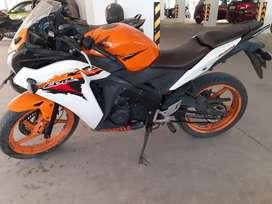 CBR 150. Orange color. KARNATAKA registration