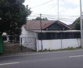 Rumah + Gudang + Kantor Murah di Pinggir Jalan di Depok dkt Kampus UGM