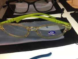 Kacamata anak anti radiasi