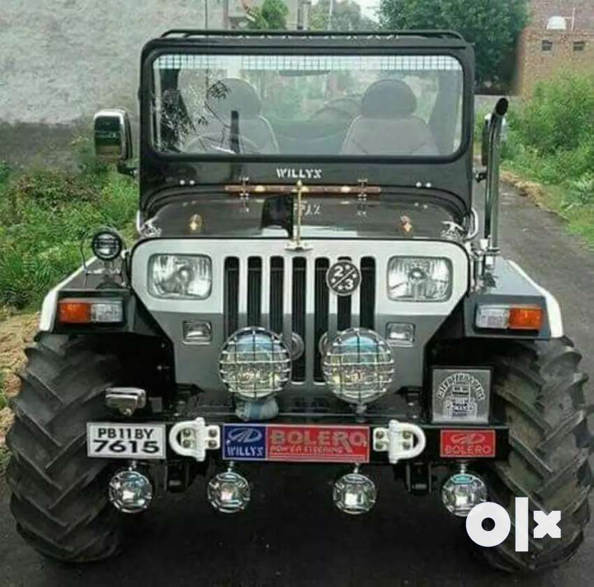 Mahindra open Willy's jeep 0