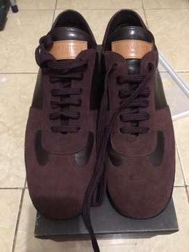Louis vuitton sneakers burgundy brown
