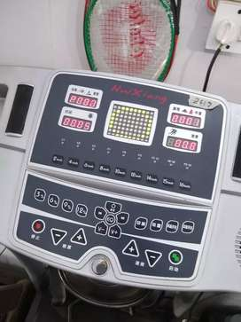 Electronic Treadmill 120 kg supported Auto incline