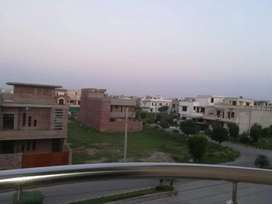 2 Bedroom independent flat for rent canal view
