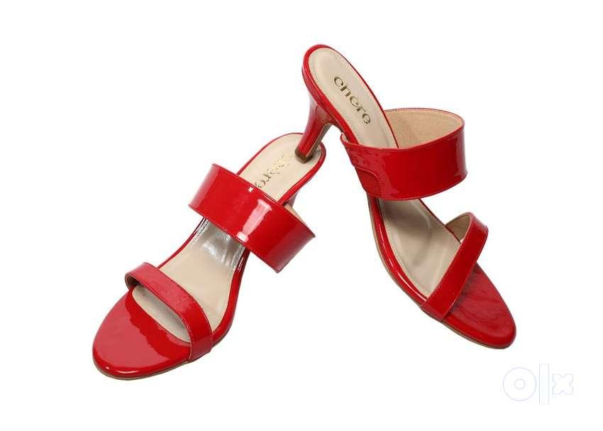 Flat 50% Discount On Women Chere Heels