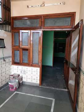 Ground Floor available for rent in Shiv Katra near Rama Devi Chauraha