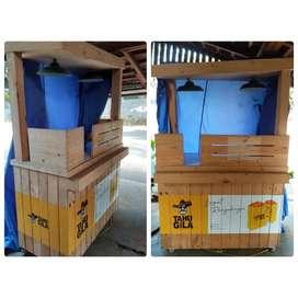 Booth kayu jati belanda