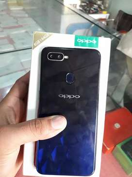 Oppo F9         Rs:31500