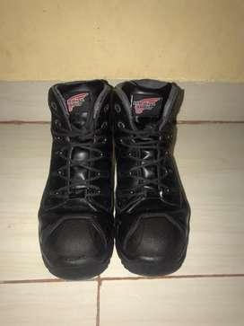 Sepatu Safety / Safety Shoes Merk Red Wing Original