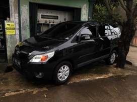 Toyota Kijang Grand Innova/ Inova Tipe G Manual Tahun 2012 Hitam, 2013
