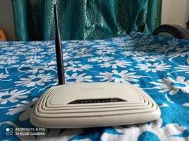 TP- Link router Model TL- WR74ON