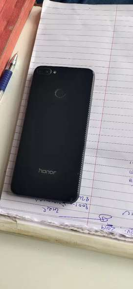 """Honor 9n tip top condition 9=5""""74313=700"""