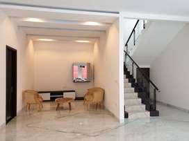 Dijual Rumah sangat Indah & Mewah, Alam Sutra,Tangerang, Harga Menarik