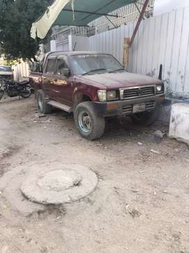 Toyota hilux double cabin chiiled Ac no work required