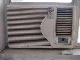 1.5 Ton Voltas window ac in excellent condition