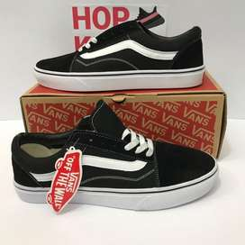 Vans old school most popular all sizes available
