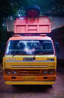 Tipper സ്വരാജ് മസ്ത സാമ്രാട്ട് 2011
