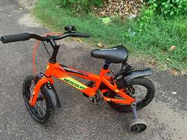Very good condition  8*4*2*7*0 kids cycle*0*0*9*9*4