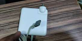 Macbook charger in good condition and original