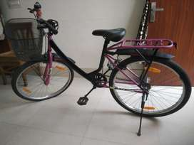 Girls cycle just like New