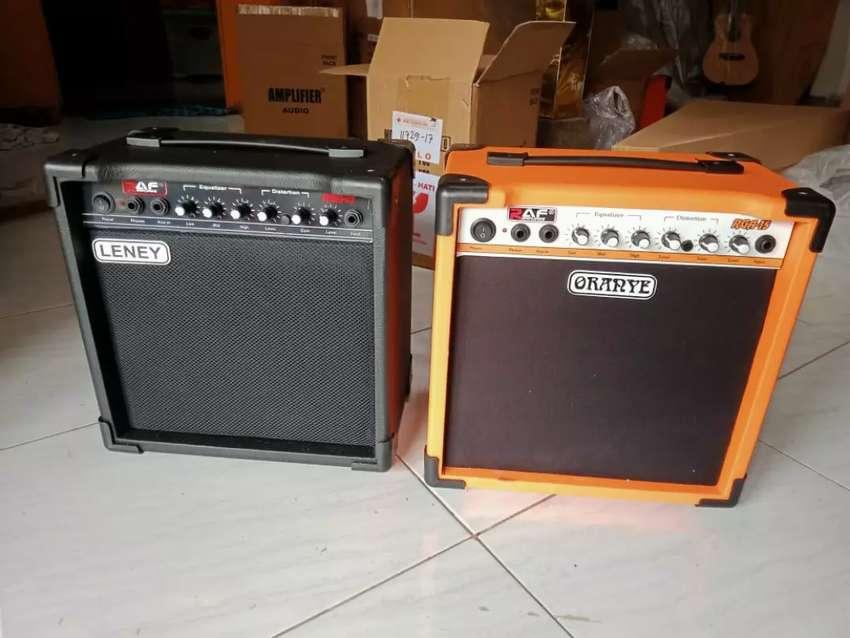 Amplifier gitar Leney 0