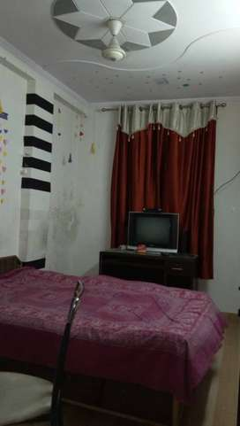 Fully furnished falts for rent in New Ashok Nagar.