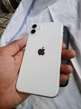 iPhone 7 month old good condition