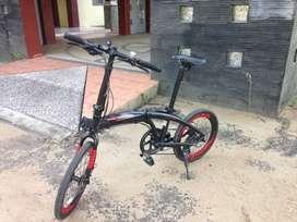 Sepeda lipat United Avand Chester IX, 9 speed hydrolik (bekas)