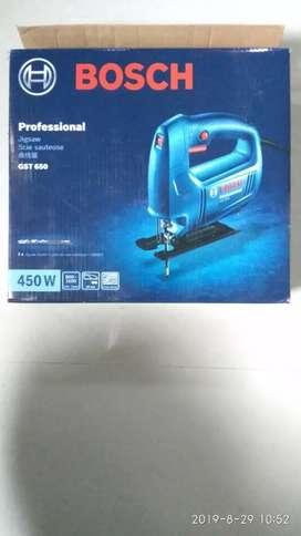 Bosch- GST650; 1Year old