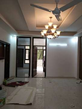 3 BHK flat for sell in New Colony Gurgaon