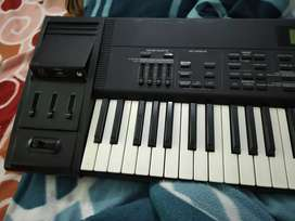 Roland xp 60 with pen drive...