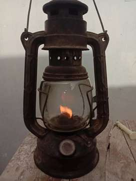 Vintage rustic accent Old Fashioned Lantern Lamp for Sale