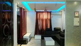 2200 SQFT 3BHK SEPCIOUS FLAT FOR RENT AT GYAN KHAND 1